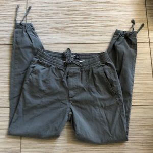 Abercrombie and Fitch men's casual pants XS